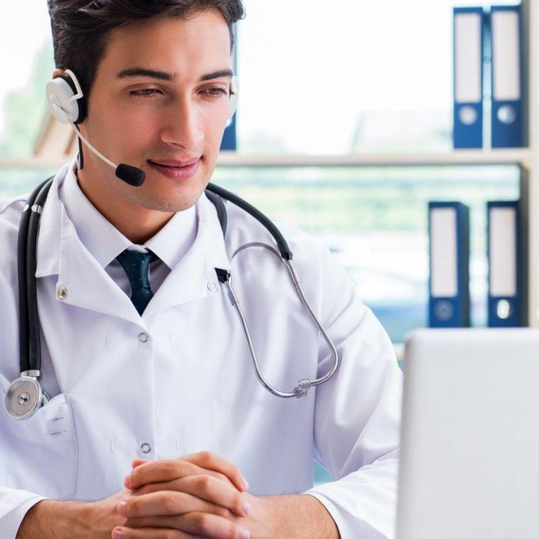 Aledium HR | Woman On Phone